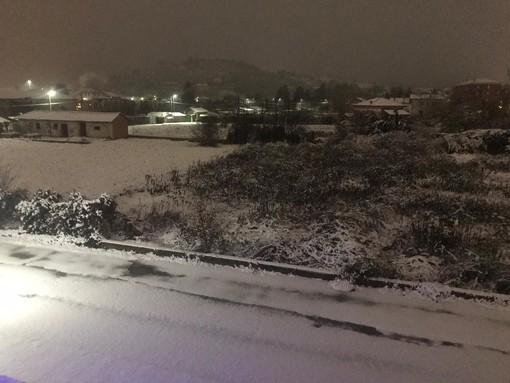 E' arrivata la neve nell'entroterra savonese: le previsioni per le prossime ore (FOTO)