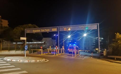 Savona, investimento pedonale nei pressi dell'ospedale: donna in codice giallo