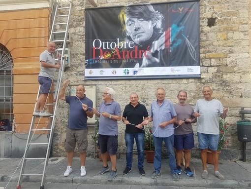 """Albenga, nella Sala degli Stucchi la presentazione di """"Ottobre De André"""": madrina dell'evento Dori Ghezzi"""