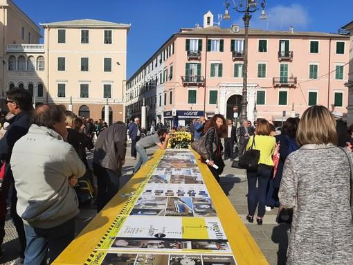 """""""Open! Studi Aperti"""" atterra con un monolite a Savona: in mostra in piazza Sisto le opere degli architetti"""