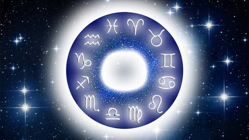 Scopri cosa ti riservano le stelle con l'oroscopo di Corinne