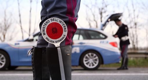 Intensificati i controlli della polizia stradale ligure su veicoli e trasporti eccezionali