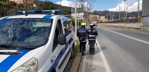 """Savona, via all'apertura di una pagina Facebook della polizia locale, ma il M5S non ci sta: """"Insensato, minuti sottratti al controllo del territorio"""""""