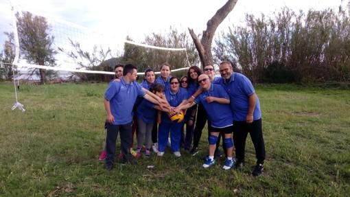 I ragazzi della pallavolo unificata di Albenga in partenza per i play the games di Arezzo targati Special Olympics