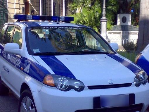 Incidente tra Finale e Borgio: la polizia municipale cerca testimoni
