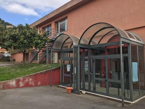 La Val Maremola pronta a vaccinare i suoi cittadini a Tovo: lunedì apre l'hub del Salone delle Feste