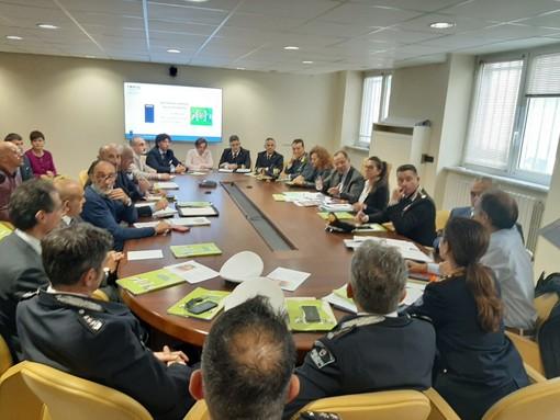 Vertice in Prefettura sulla sicurezza sul lavoro nel savonese: infortuni in calo del 10% negli ultimi 5 anni