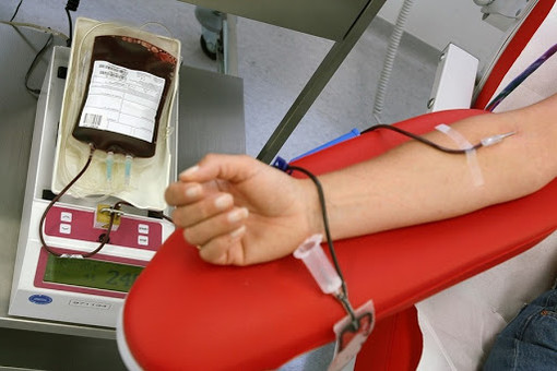 Coronavirus, donazioni di sangue: il punto della situazione in diretta dalle 17.00