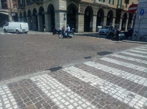 Savona, 10mila euro per il rifacimento del porfido di piazza Mameli all'incrocio con via Paleocapa