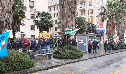 """Funivie, prosegue lo sciopero, atteso l'incontro con il Prefetto: """"Chiediamo un tavolo al Ministero"""" (FOTO e VIDEO)"""