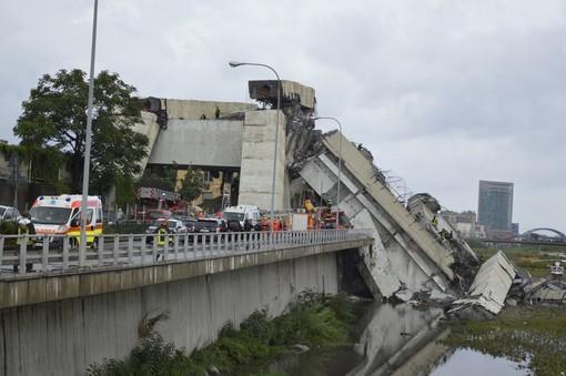 """Crollo ponte, parlamentari liguri della Lega, """"Tragedia che colpisce Genova e la Liguria, preghiera per vittime"""""""