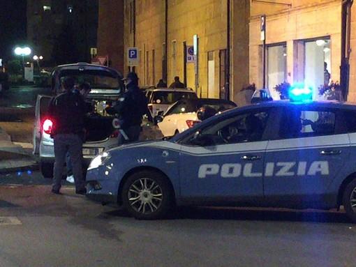 Savona, controlli della Polizia in città: identificata una minorenne sfuggita da una struttura nel genovese