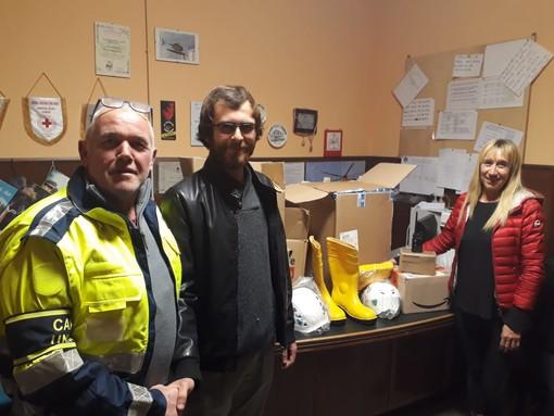 Cengio, la Consulta giovanile dona del materiale al Gruppo di Protezione civile (FOTO)