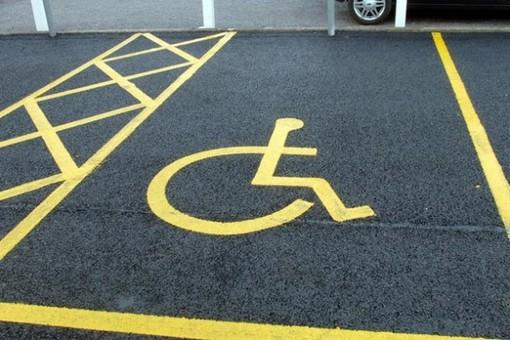 """""""Vuoi il mio posto auto? Prendi il mio handicap"""": proposta a Cairo per la tutela della disabilità"""