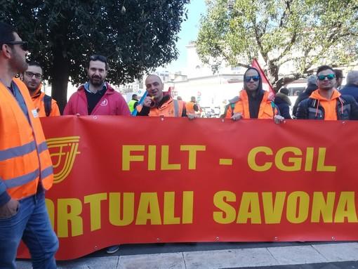 Sicurezza sul lavoro, i portuali della FILT CGIL di Savona alla manifestazione di Napoli