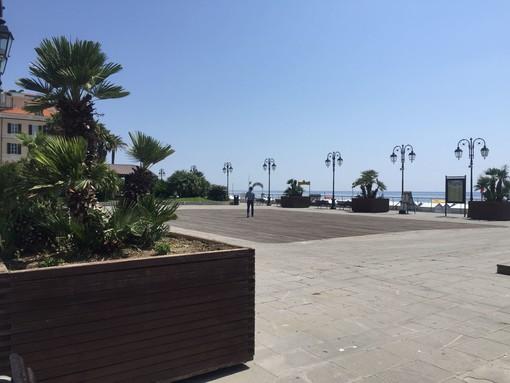 Alassio, ripristinata la viabilità e riposizionati i vasconi sul tratto di Piazza Partigiani