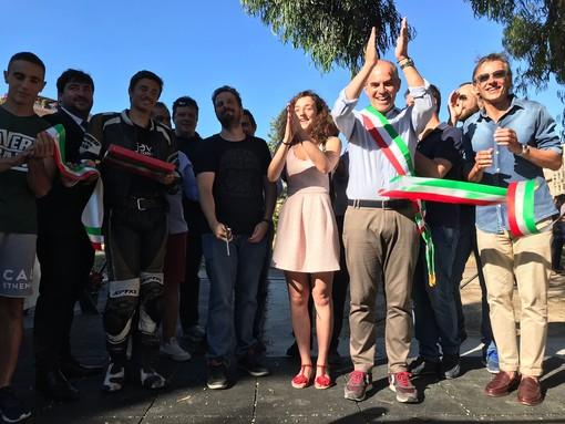 Nuova vita per Piazza Europa ad Albenga grazie all'area sportiva attrezzata per Calisthenics e Street Workout
