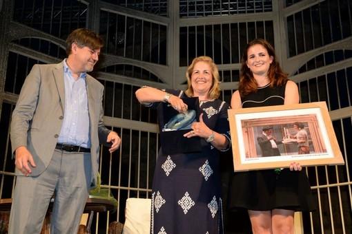 Festival di Borgio Verezzi, consegnato a Laura Tibaldi il Premio Veretium alla memoria di Luigi De Filippo