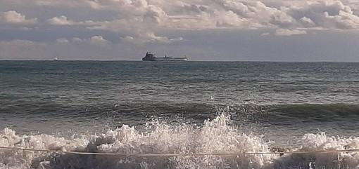 Piattaforma Maersk, in arrivo la nave portacontainer Artemis (FOTO)