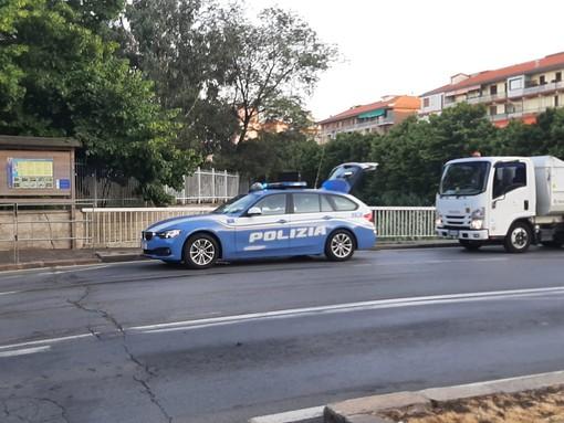 Tamponamento tra auto in corso Mazzini a Savona: intervento dei soccorsi