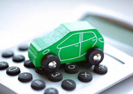 Comprare una macchina a rate: meglio un finanziamento o la concessionaria?