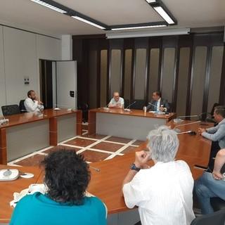 """Ato unico dei rifiuti, riunione tra Provincia, sindaci Savona e Vado e sindacati. Olivieri: """"Lavoratori ex Ata entreranno in Sat"""""""