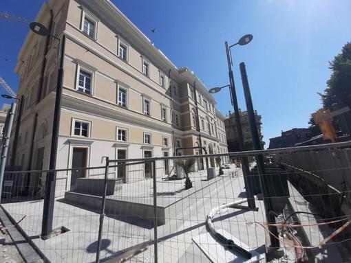 Savona, pronta a riaprire la piazza dell'ex ospedale San Paolo lato Corso Mazzini