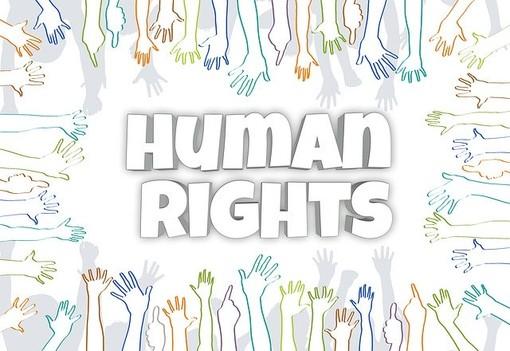 I docenti di Diritti Umani si uniscono all'iniziativa in ricordo delle vittime del Coronavirus