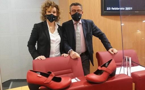"""Scarpe rosse in Consiglio regionale, Riolfo e Brunetto (Lega): """"Combattere con ogni mezzo idoneo il femminicidio e la violenza sulle donne"""""""