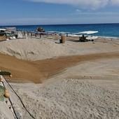 Varigotti, ripreso il ripascimento delle spiagge. Partito l'iter autorizzativo per la scogliera sommersa (FOTO)