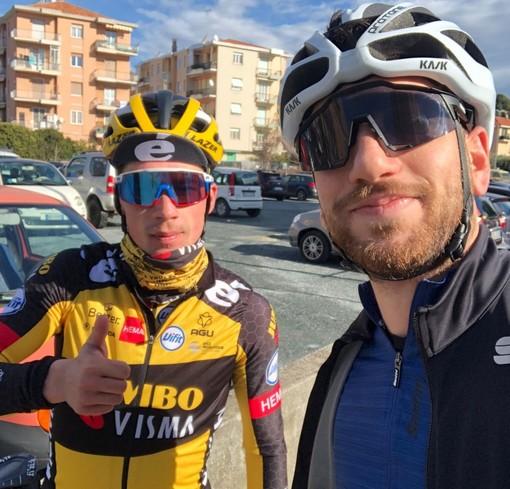 Le strade del savonese accolgono Roglic: il campione sloveno tra i cicloamatori della domenica
