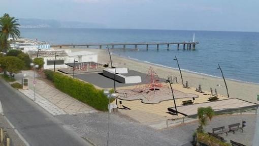 Ceriale: inaugurata la nuova piazza e il parco giochi nelle aree dell'ex Cantieri Patrone