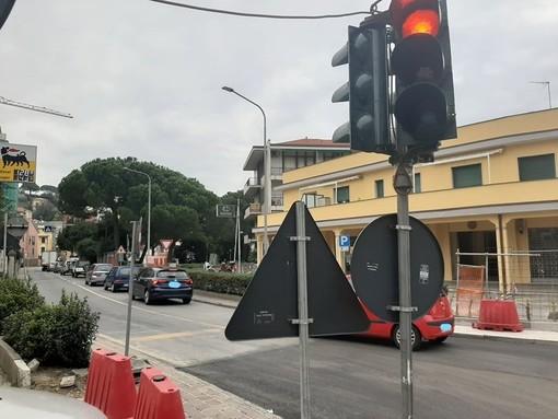 Celle, via Colla torna a senso unico e riapre via S. Brigida ma il traffico rimane in tilt (FOTO)