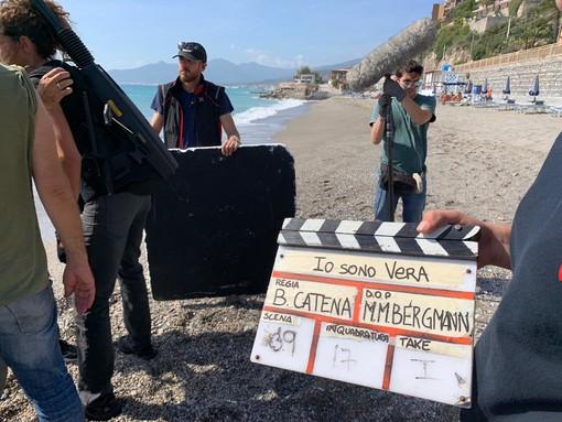 """Il film """"Io sono Vera"""", ciak a Pietra, Borgio e Finale. Gandolfo e Bolla: """"Coproduzione importante, valore per il territorio"""" (FOTO)"""