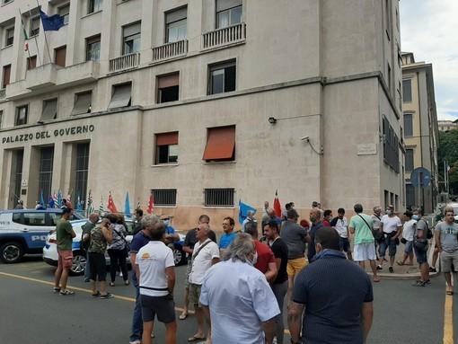 Savona, il comune e l'azienda presentano il cronoprogramma: sospeso lo sciopero dei lavoratori Ata