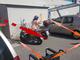 """La lettera: """"Il mio compagno disabile impossibilitato a scendere dall'auto perché bloccato da motorini parcheggiati abusivamente"""""""