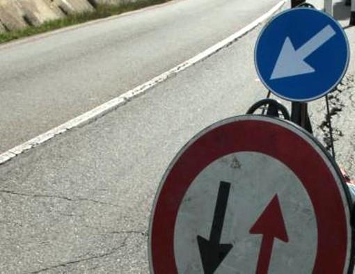 Senso unico alternato sulla Sp 29 del Cadibona per il rifacimento del manto stradale