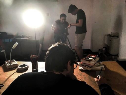Albenga: i ragazzi della Visual School girano un videoclip musicale
