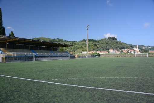 Albissola, malore al campo sportivo 'Faraggiana': soccorso dirigente del Ceriale Calcio