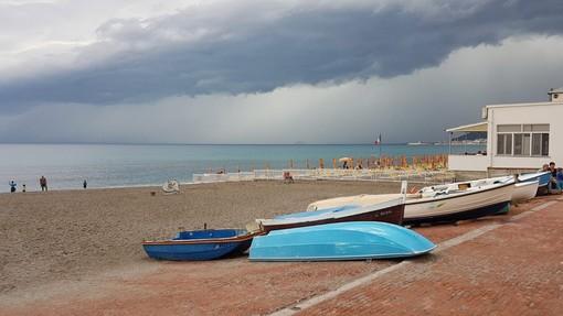 Difesa della costa: 6 milioni di euro per 9 interventi in 7 comuni. A Pietra stanziamento da 950 mila euro