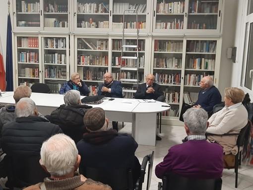 """Savona: la democrazia in dibattito ieri sera nell'incontro organizzato dal gruppo """"Quelli della Rebagliati"""""""