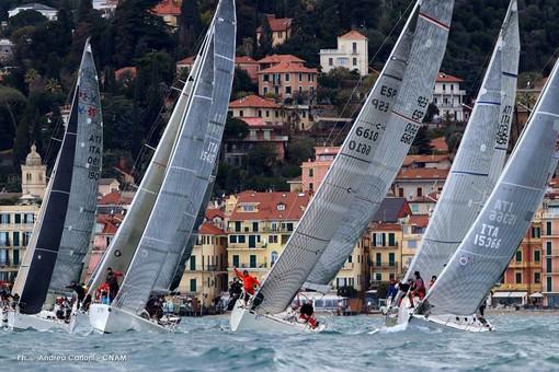 Il mare di Alassio si colora di vele: è partita la Settimana Internazionale della Vela d'Altura