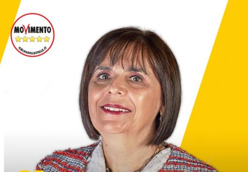 Elezioni comunali Albisola, il candidato sindaco Stefania Scarone si presenta nella Sala degli Alpini