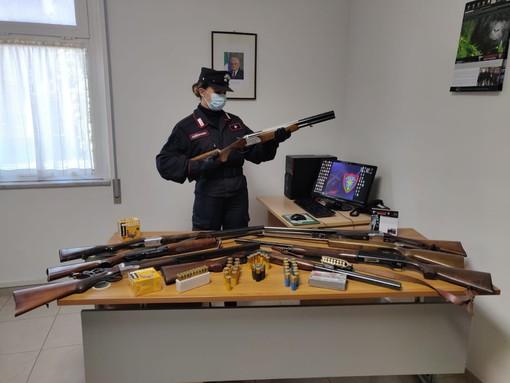 Boissano, ingente sequestro di fucili e munizioni: denunciato un pensionato (FOTO)