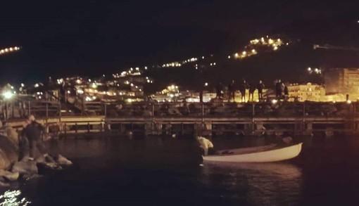 Natante incagliato nel mare antistante Laigueglia: soccorso dalla Capitaneria di Porto