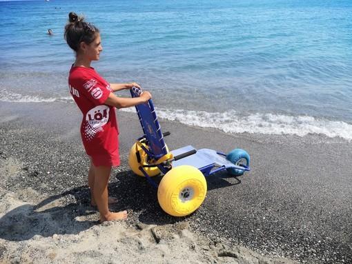 Pietra Ligure: spiaggia gratis per i disabili e dotata di sedie JOB