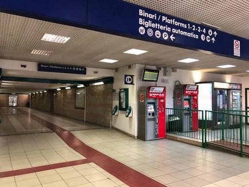 """Chiusura biglietterie Trenitalia, Tosi (M5S): """"Berrino avrebbe dovuto rispondere oggi in aula. Ha preferito l'expo ferroviaria di Milano"""""""