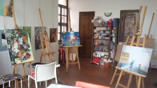 Riprendono i corsi di disegno e pittura per bambini e adulti presso l' Angolo delle Arti