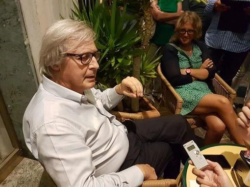 """Vittorio Sgarbi presenta la mostra """"Arte Stupenda - Finalborgo in bellezza"""""""
