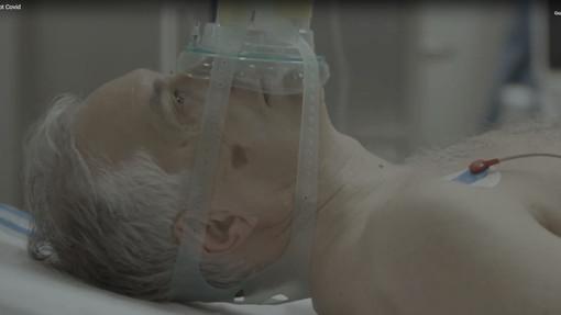 """""""Indossa correttamente la mascherina"""": l'appello dei medici savonesi ai giovani diventa uno spot"""